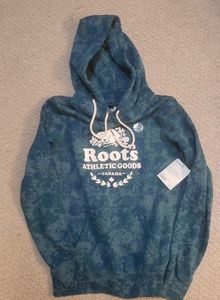 Roots Tops - Roots Athletic Goods spruce hoodie NWT sz m
